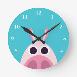 Leary the Pig Round Clock