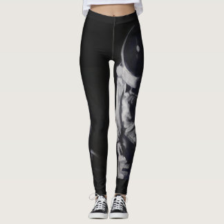 Leggings with astronaut