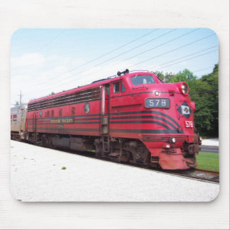 Lehigh Valley Railroad F-7A #578 at Cape May N. J. Mousepad