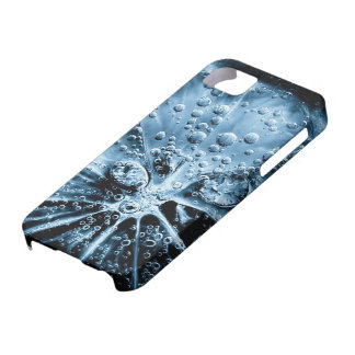 Lemon slice in fizzy water in cold blue art style iPhone 5 cover