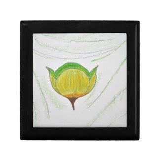 lemongrass poppy.jpg small square gift box