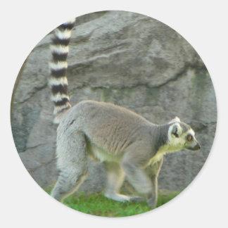 Lemur Round Sticker