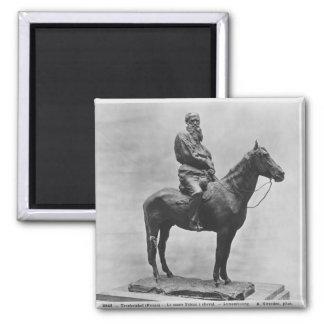 Leo Tolstoy riding Delire Magnet