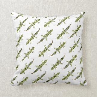 Leopard Gecko Throw Pillow