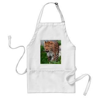 Leopard in the wild standard apron