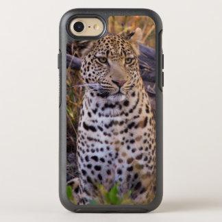 Leopard sitting, Botswana, Africa OtterBox Symmetry iPhone 8/7 Case