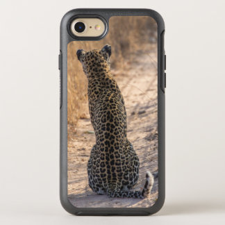 Leopard sitting in road, Africa OtterBox Symmetry iPhone 8/7 Case