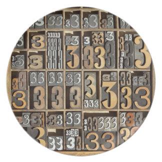 Letterpress 5 party plate