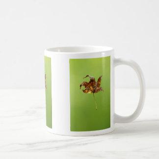 Levitation Basic White Mug
