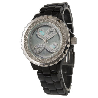 "Liberace ""Tiffany Heist"" licensed image watch"