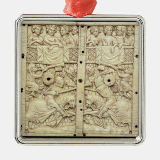 Lid of a casket depicting a tournament christmas ornament