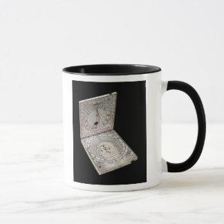 Lidded compass, 1627 mug