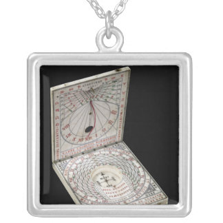 Lidded compass, 1627 silver plated necklace