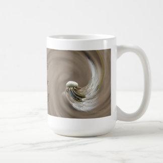 """Liebe verleiht Flügel"" by mysteryella Kaffeetasse"