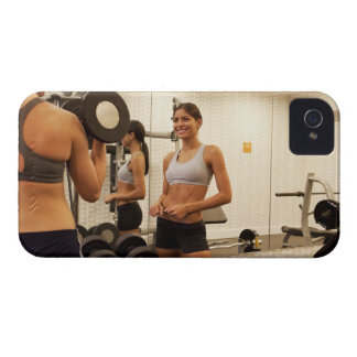 Lifting weights in the gym Case-Mate iPhone 4 cases