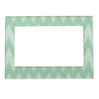 Light Sage Green Zigzags. Magnetic Picture Frame