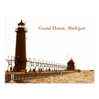 lighthouse, Grand Haven, Michigan Postcard