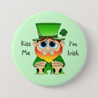 Lil Blarney Kiss Me 7.5 Cm Round Badge