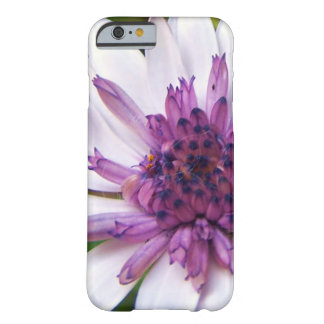 Lilac daisy phone case