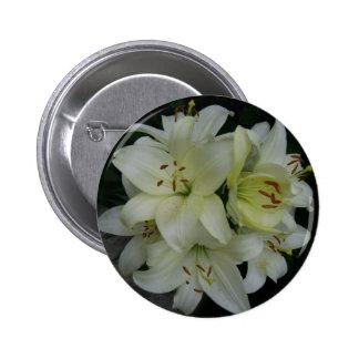 Lillies Button