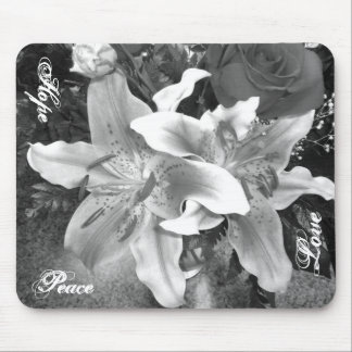 Lilly Mousepad
