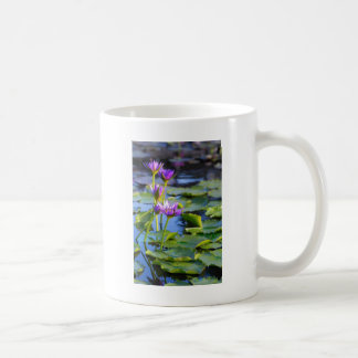 Lily Basic White Mug