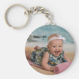 lily beach 6 mthsSingle, Daddy's Girl Basic Round Button Key Ring