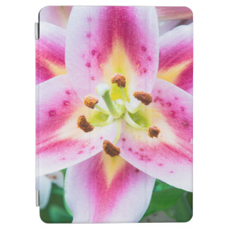 Lily Close-up iPad Air Cover