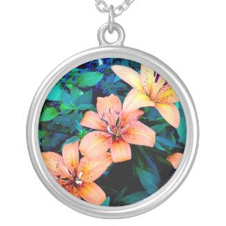 Lily trio silver necklace