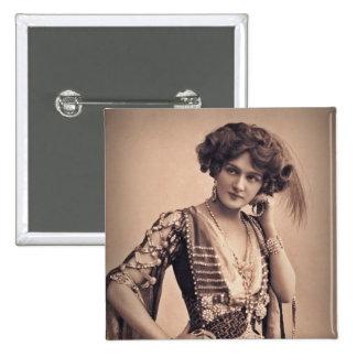 Lily Vintage Movie Star 15 Cm Square Badge