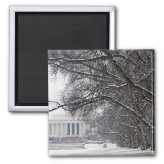 lincoln memorial winter snow magnet