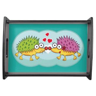 Lindos erizos enamorados. Erizo, Hedgehog. Service Trays
