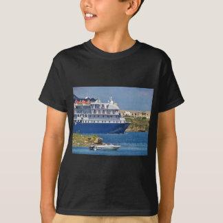 Liner Entering Mahon T-Shirt