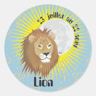 Lion 23 juillet outer 22 août Autocollants Round Sticker