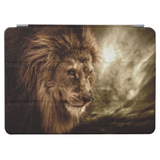 Lion against stormy sky iPad air cover