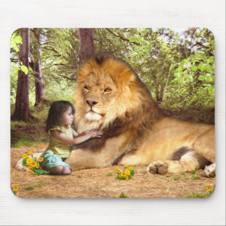 Lion and Little Girl Mouse Pad