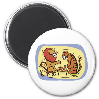 Lion and Tiger Playing Chess 6 Cm Round Magnet