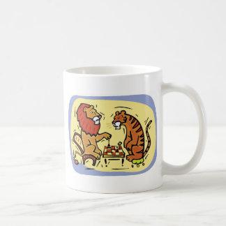 Lion and Tiger Playing Chess Basic White Mug