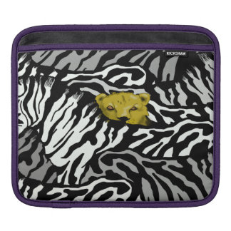 LION AND ZEBRAS SLEEVE FOR iPads