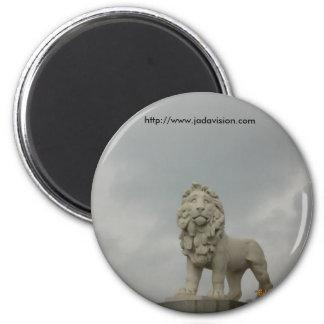 Lion on Westminster Bridge, London 6 Cm Round Magnet