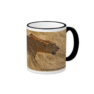 Lioness hunting ringer mug