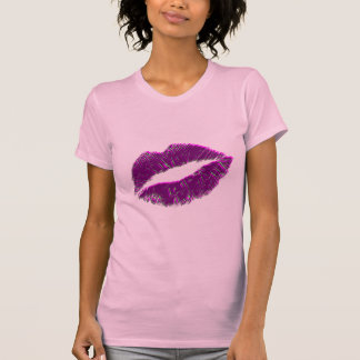 Lipstick kiss purple T-Shirt