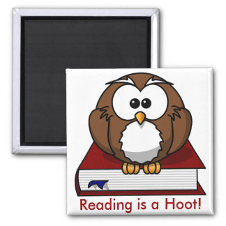 Literacy Awareness: Reading is a Hoot Square Magnet