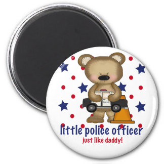 Little Policeman Just Like Daddy 6 Cm Round Magnet