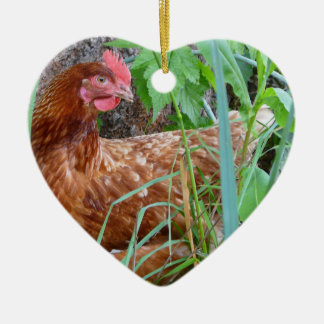 Little Red Hen in the Grass Ceramic Heart Decoration