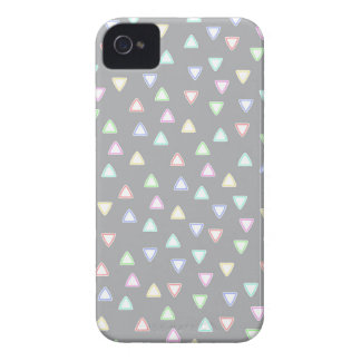 LITTLE TRIANGLE HILLS PATTERN IN PASTEL COLORS Case-Mate iPhone 4 CASE