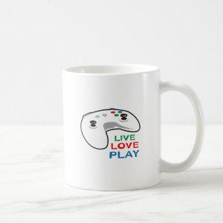 LIVE LOVE PLAY BASIC WHITE MUG