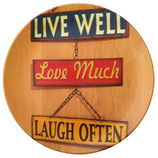 Live well decorative plate