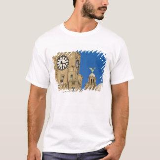 Liver Building, Liverpool, Merseyside, England T-Shirt