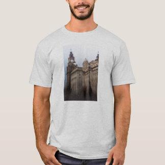 liver buildings T-Shirt
